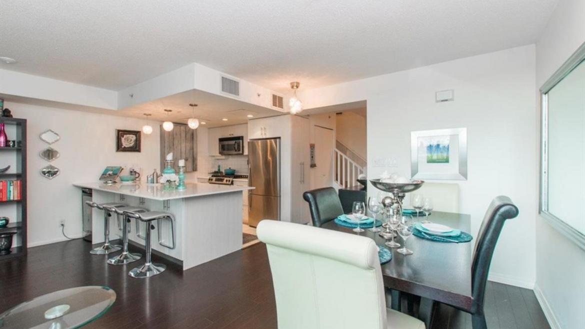 TH4 - 168 E Esplanade, Lower Lonsdale, North Vancouver