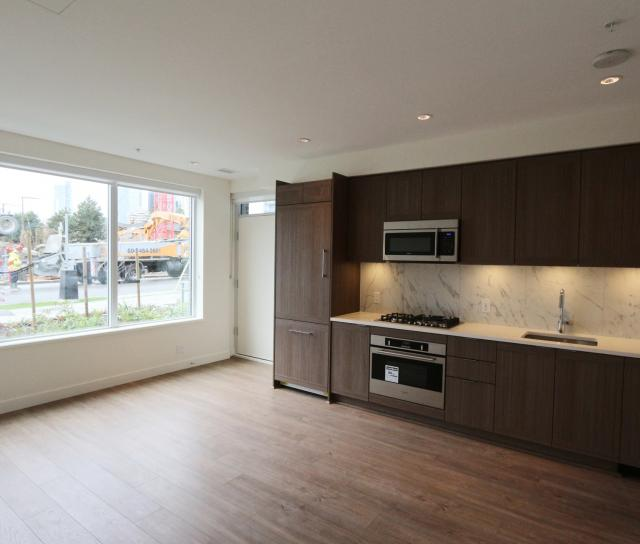 5033 Imperial Street, Metrotown, Burnaby South 2