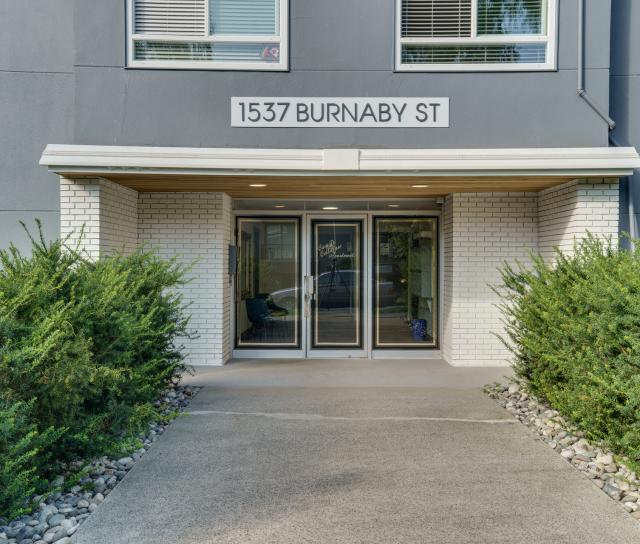 207 - 1537 Burnaby Street, Vancouver West 2